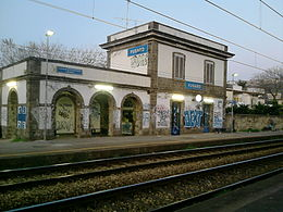 260px-Stazione_di_Fusaro
