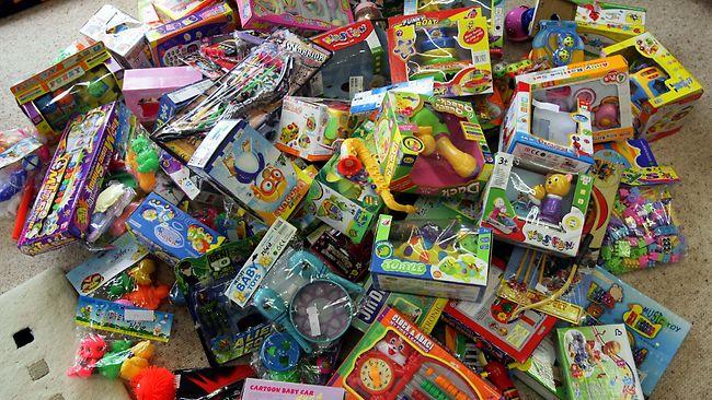 661258-unsafe-toys