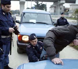 polizia_arresto02extracom