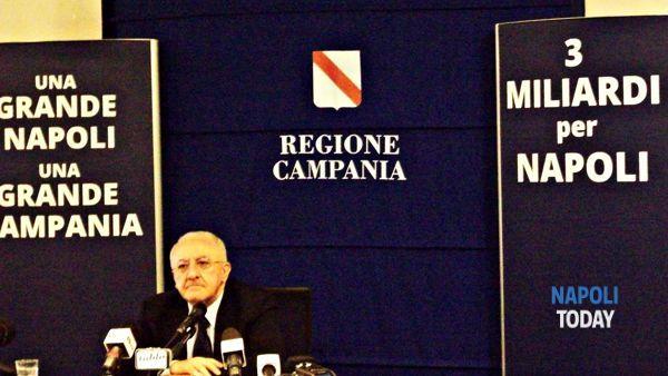 De_Luca_3_miliardi_per_Napoli-2