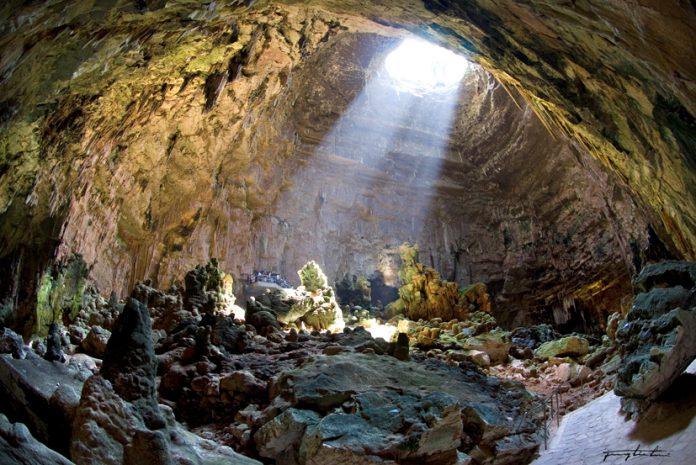 Le_Grotte_di_Castellana-la_grave
