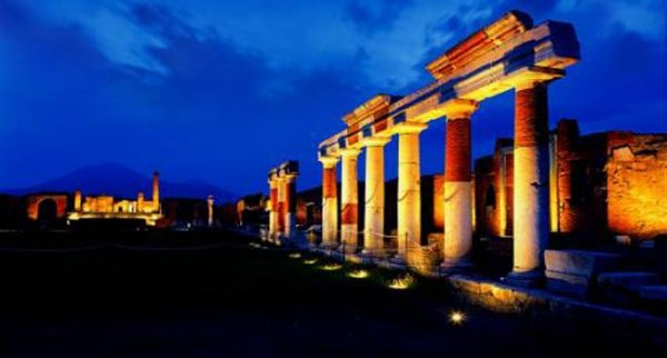 archeologia-sotto-le-stelle-parte-l-iniziativa-campania-by-night-