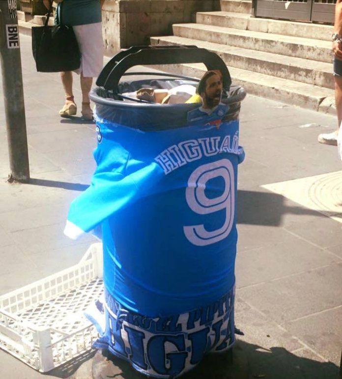 higuain_e_i_rifiuti_a_Napoli