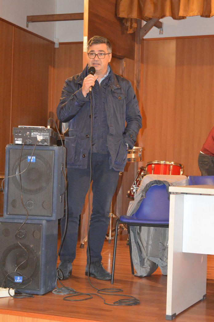 Il_sindaco_di_Brusciano_Giosy_Romano_rid