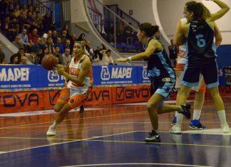 Debora_Gonzalez_-_Dike_Basket_vs_Umbertide