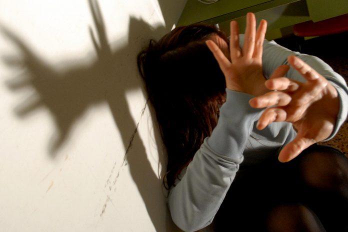 1382251005-violenza-donne3