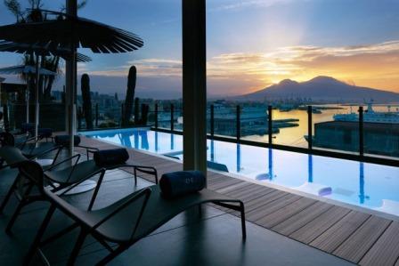 7_RomeoHotel_Rooftop_pool_3