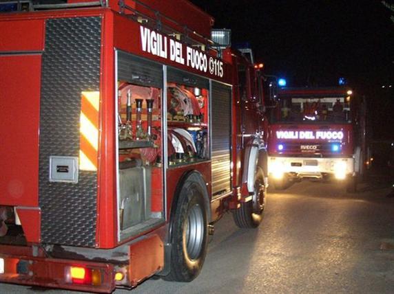 pompieri_notte_ildesk