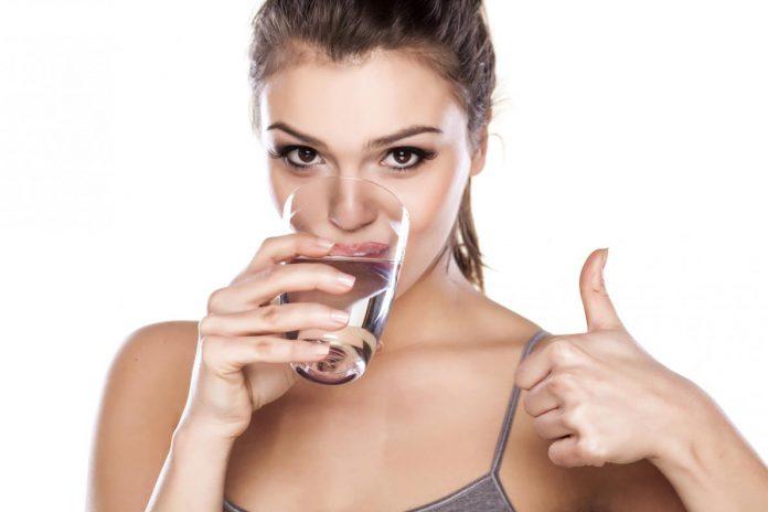 quanta-acqua-bere