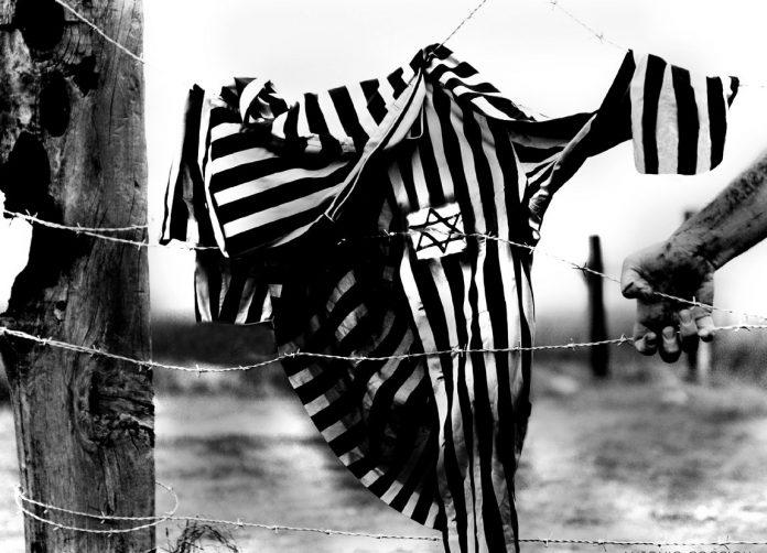 pigiama-a-righe-shoah