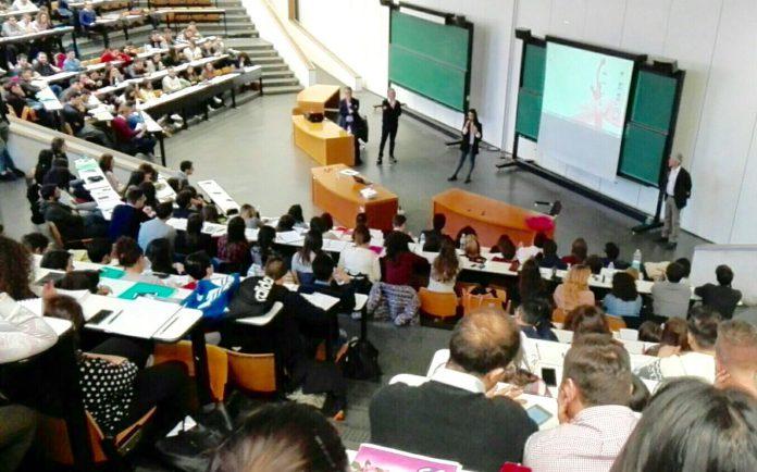 Presentazione_Premio_marketing_Deco_Multicedi-01