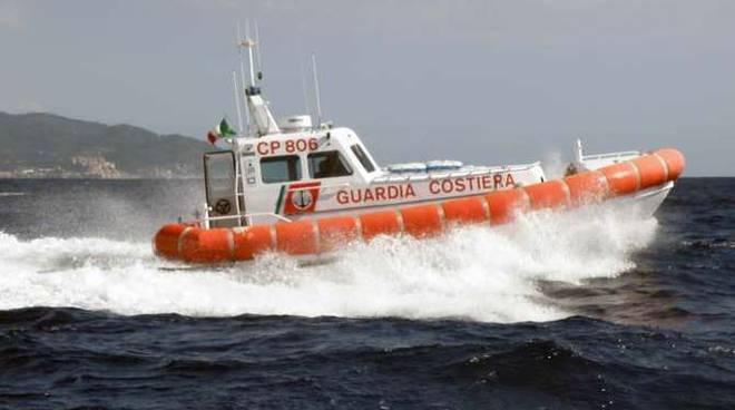 motovedetta-guardia-costiera-209068_660x368