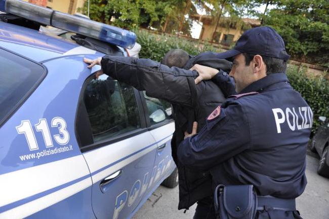 polizia-perquisizione650