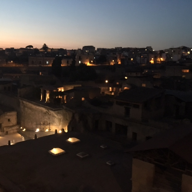 Ercolano_by_night