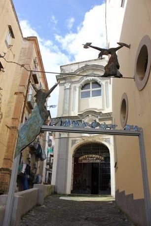 Nuovo_Teatro_Sanita__ingresso_672-458_resize