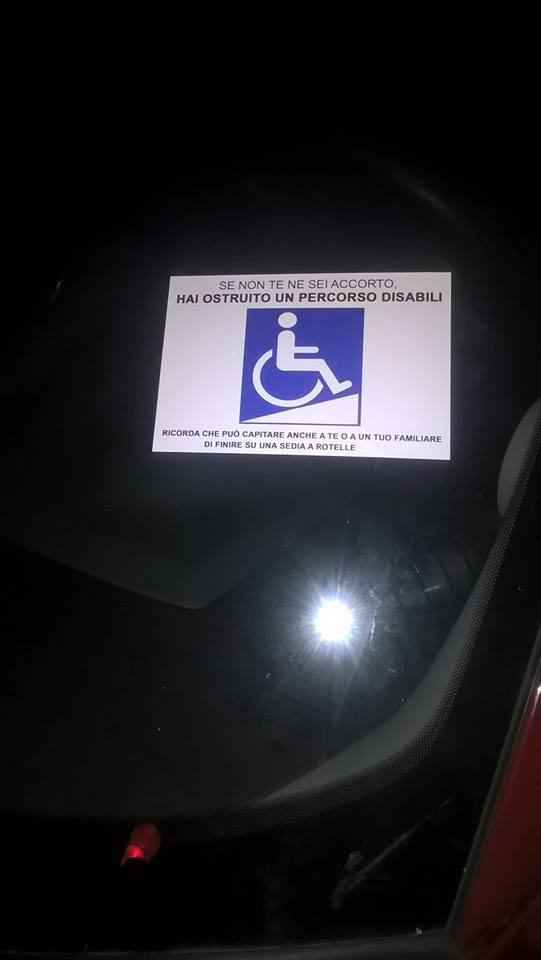 adesivi_disabili