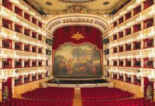 teatro-San-Carlo-visit-Naples