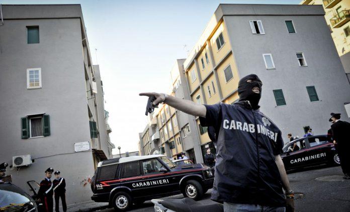 scampia-blitz-napoli-carabinieri