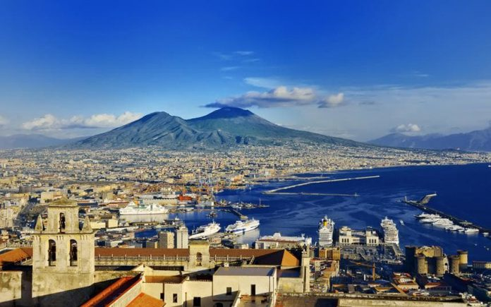 bay_of_naples_3547763a-xlarge