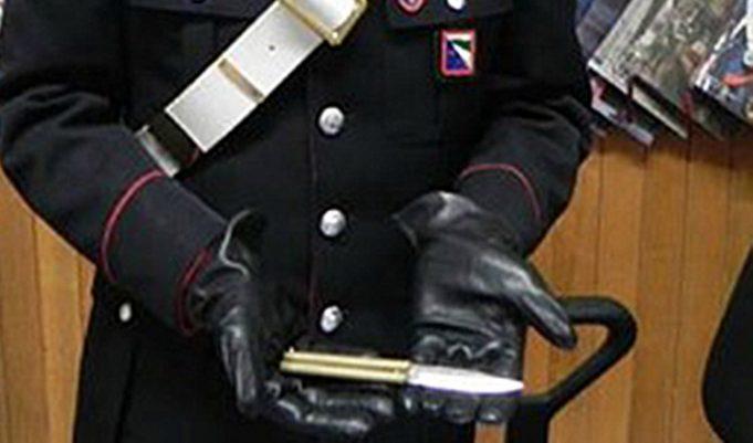 carabinieri-coltello-681x401