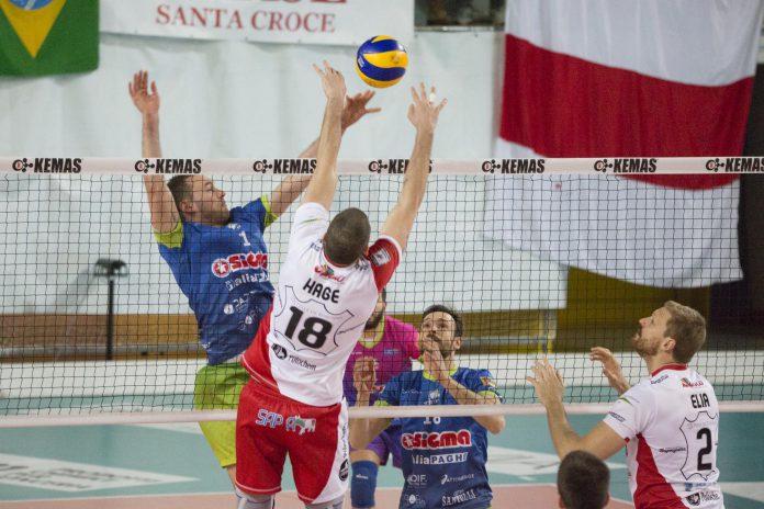 Santa_Croce_-_Aversa_1