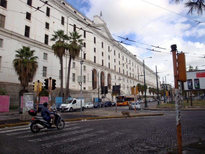 piazza-Carlo-III-Napoli-Real-Albergo-dei-Poveri