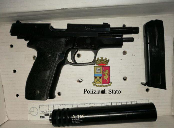 pistola_con_silenziatore