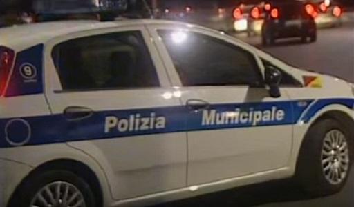 polizia_municipale_napoli_notte_ildesk