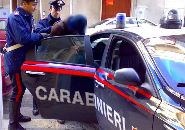 arresto-carabinieri-590691_610x431