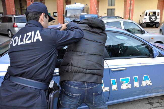polizia-arresto650_5-1-1132x670