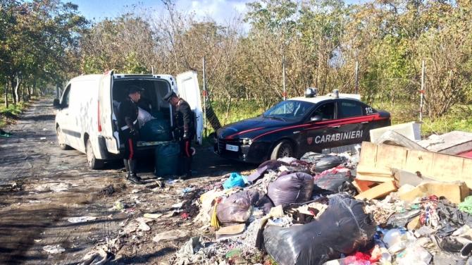 rifiuti-carabinieri