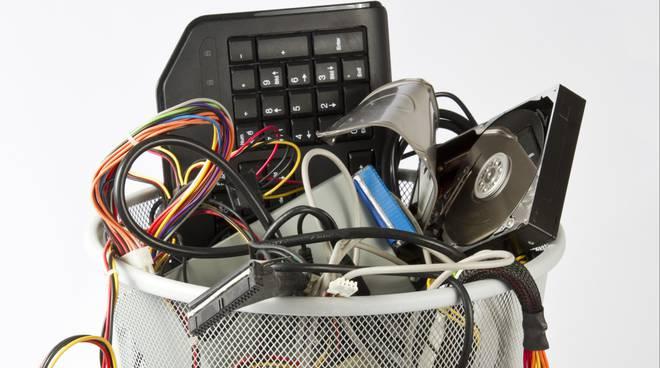 rifiuti-elettrici-490032_660x368