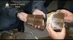 Maxi Sequestro Di Hashish A Napoli Della Gdf Avrebbe Fruttato 80 Milioni Di Euro Napoli Village Quotidiano Di Informazioni Online