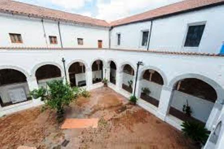 chiostro_nel_Convento_di_San_Gennaro_Vesuviano