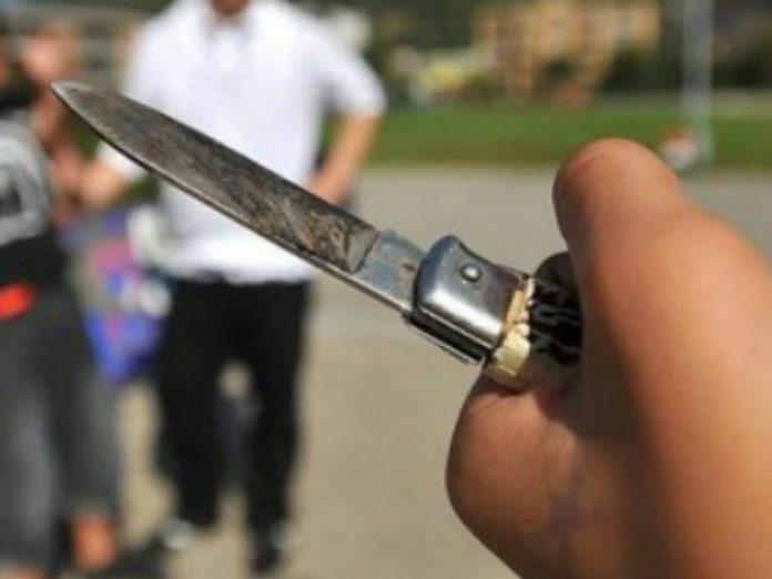coltello-990x743