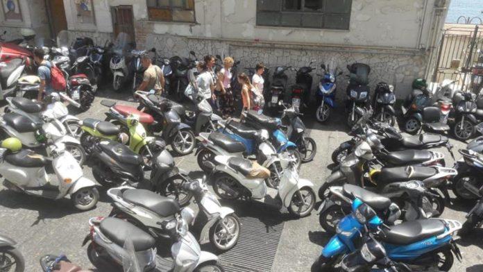 scooter marechiaro