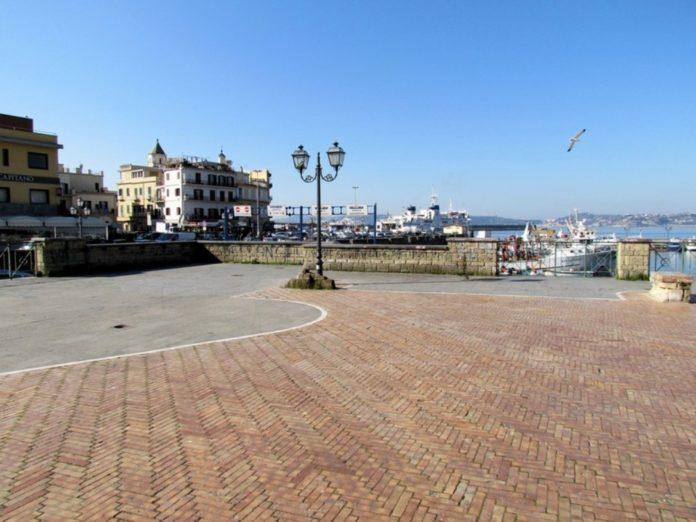 Piazza a Mare