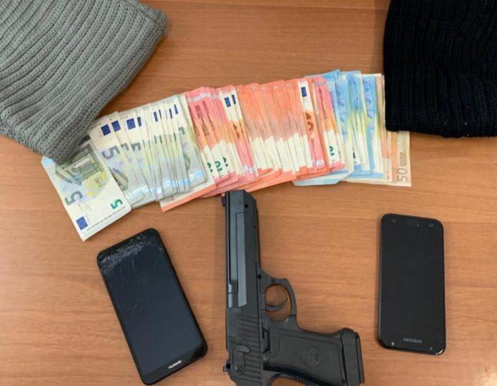 foto_soldi-pistola