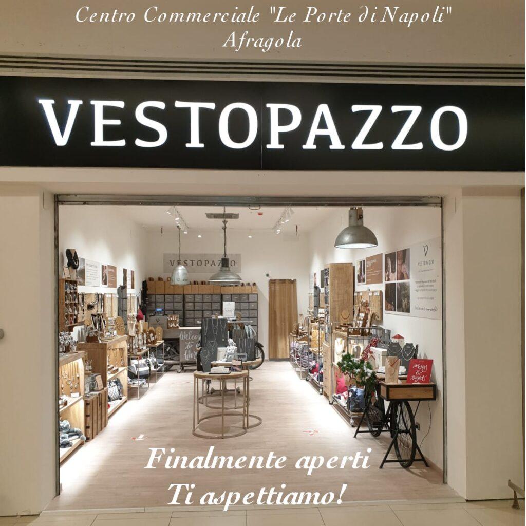 VESTOPAZZO, finanzia la beneficenza - Napoli Village - Quotidiano di  Informazioni Online